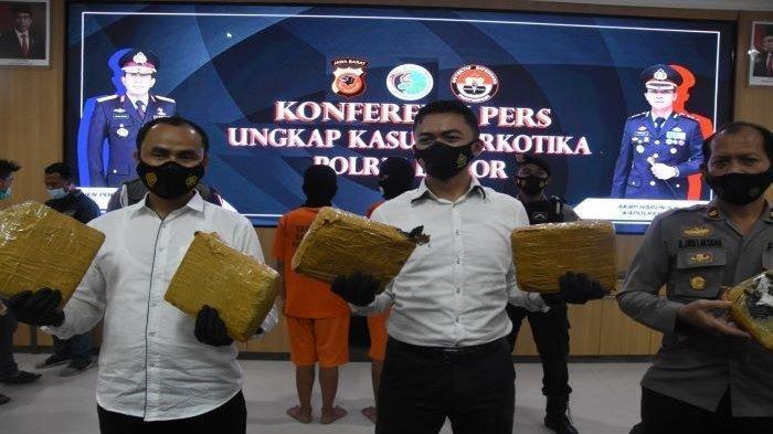 Polisi Bongkar Peredaran Narkoba di Bogor, Modus Pengiriman 7,5 Kg Ganja Dicampur Bumbu Dapur
