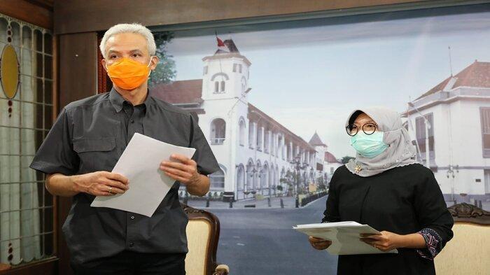 Gubernur Jawa Tengah, Ganjar Pranowo mengumumkan, Upah Minimum Provinsi (UMP) naik 3,27 persen pada 2021 mendatang.