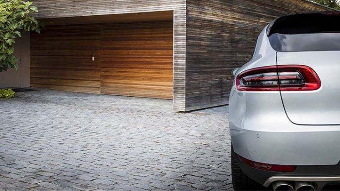 Tips Menghindari Flat Spot Pada Ban karena Mobil Lama Mendekam di Garasi