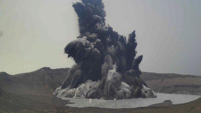 Gunung Taal Filipina Semburkan Gas Beracun, Lebih dari 2.000 Orang Dievakuasi