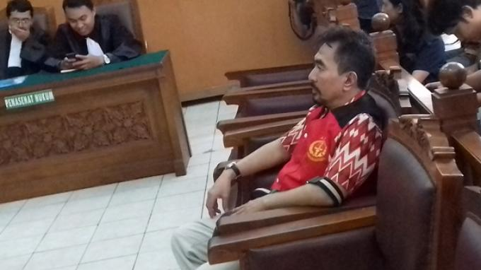 Majelis Hakim Tak Terima Eksepsi Gatot Brajamusti