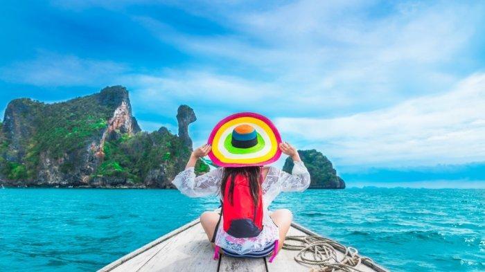 Gaya Traveling Orang Indonesia Kamu Masuk Yang Mana Nih Tribunnews Com Mobile