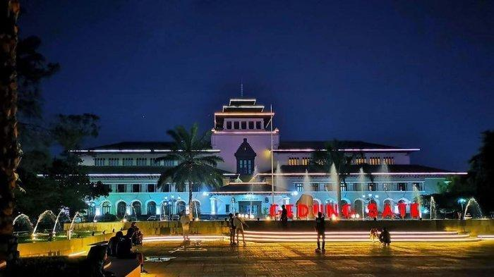 Rekomendasi Kuliner Malam di Bandung yang Buka hingga Tengah Malam