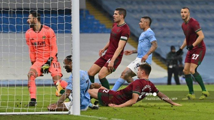 Hasil Manchester City vs Wolves Babak 1: The Citizens Unggul 1-0 Berkat Gol Bunuh Diri Dendoncker