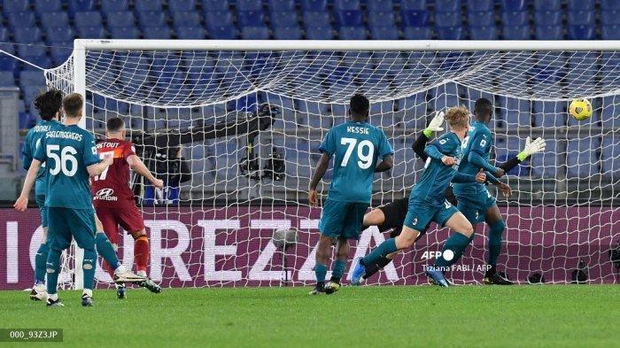 Hasil Liga Italia: Tumbangkan AS Roma, AC Milan Dekati Inter Milan dan Jauhi Juventus