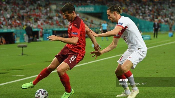 Mengenal Penguasa Trequartista Baru AC Milan dan Pemberi Luka Gianluigi Donnarumma