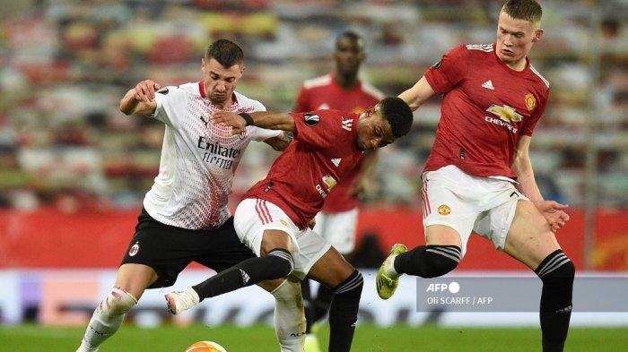 Profil Rade Krunic - Versatile AC Milan, Pengorbanan Mezzala demi Kejayaan Setan Merah Cabang Italia