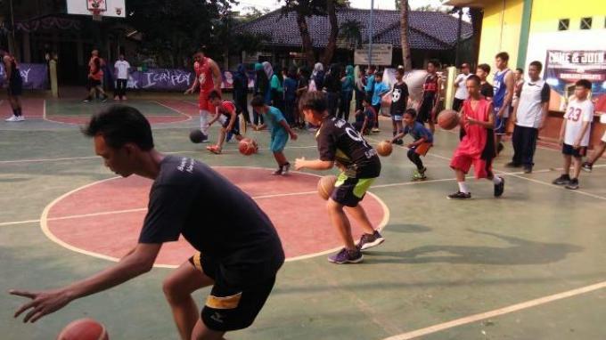 PEAK Gelar Coaching Clinic di Rawajati Knight Cup 2019