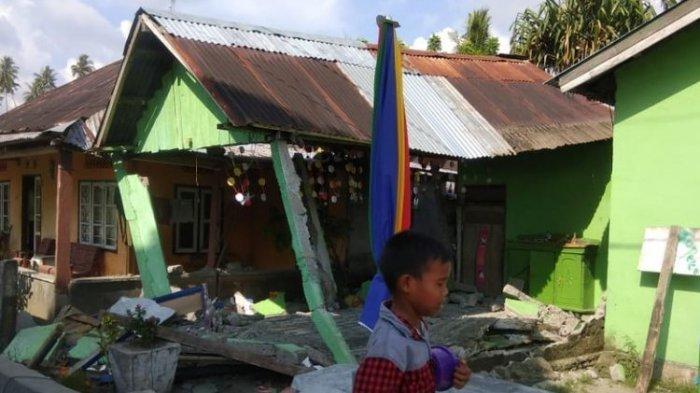 Gempa Bumi di Donggala, Mal Tatura Palu Dilaporkan Rubuh