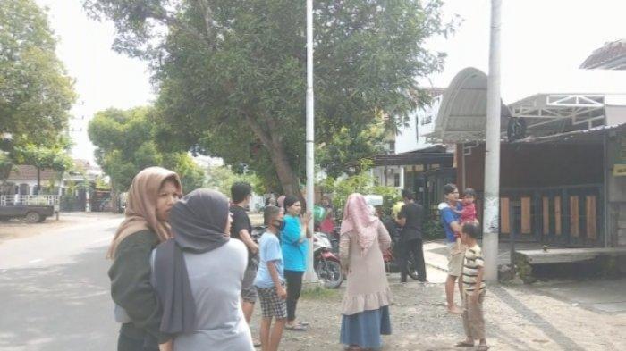 Gempa di Malang Terasa hingga Pusat Kota Trenggalek, Warga Panik dan Berhamburan keluar Rumah