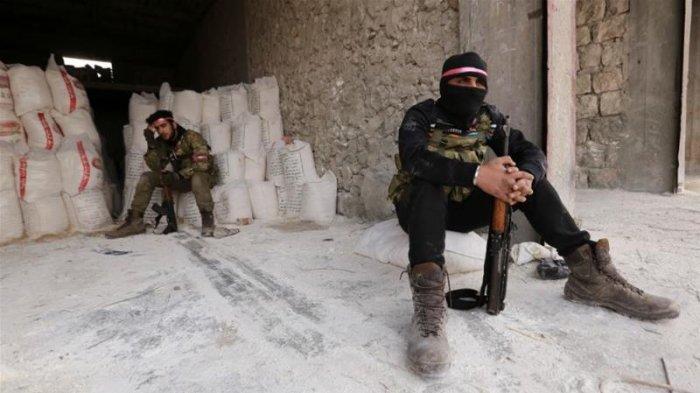 Gencatan senjata mulai berlaku pada tengah malam pada hari Jumat