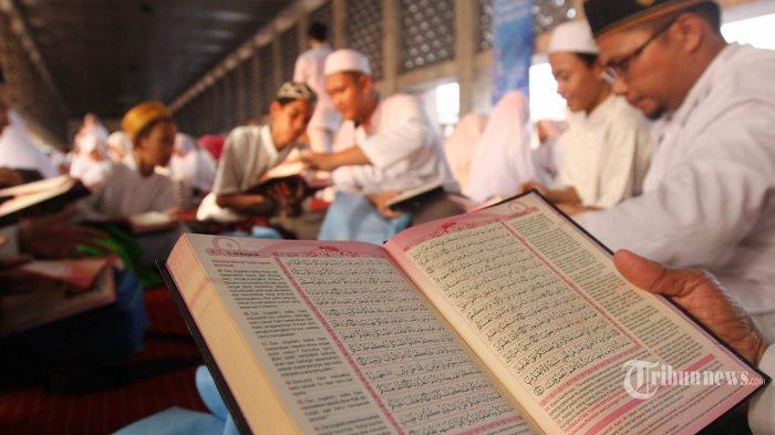 Ibadah Sahabat Nabi di Bulan Ramadan, Ada Ulama Berusia 130 Tahun Sanggup Baca 40 Ayat Satu Rakaat