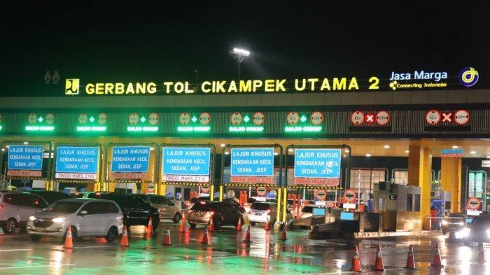 ILUSTRASI - Gerbang Tol Cikampek Utama 2