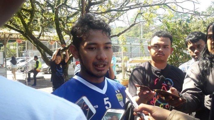 Gian Zola sudah ikut berlatih bersama Persib Bandung asuhan Miljan Radovic di Lapangan Sepak Bola, Saraga, ITB, Rabu (3/4/2019).