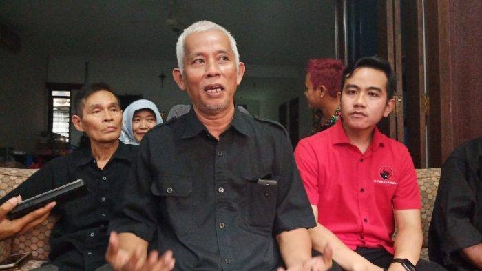 Gibran Rakabuming saat memberikan keterangan pada wartawan seusai bertemu dengan sejumlah tokoh PDI Perjuangan,Kamis (19/12/2019).