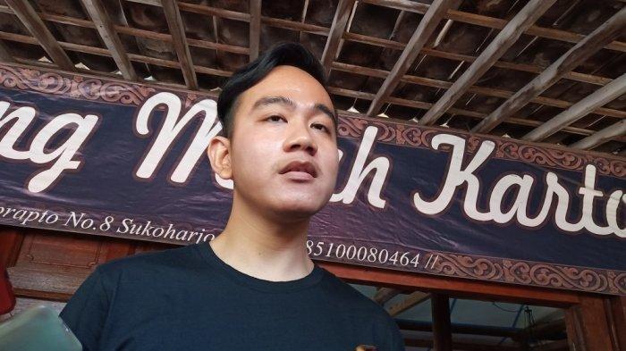 Gibran Rakabuming Raka saat wawancara di Rumah Makan Mbah Karto, Minggu (23/7/2019). TribunSolo.com/Agil Tri