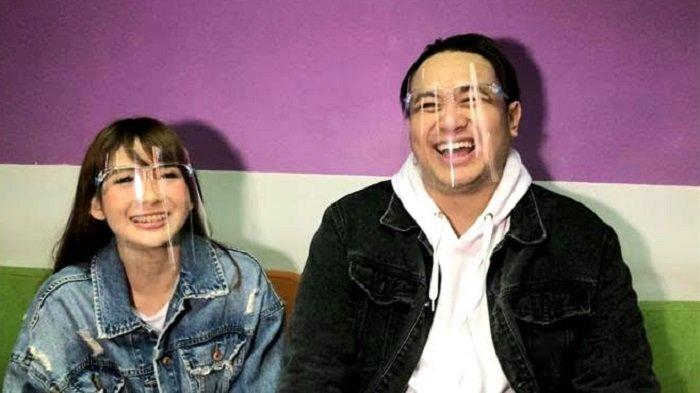 Gilang Dirga dan Adiezty Fersa ditemui di gedung Trans TV, Jalan Kapten Tendean, Mampang Prapatan, Jakarta Selatan, Selasa (23/6/2020).