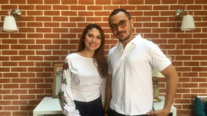 Giring Ganesha dan Cynthia Riza ditemui di kediaman mereka di Pinang Residence, Pondok Pinang, Jakarta Selatan, Jumat (8/9/2017).