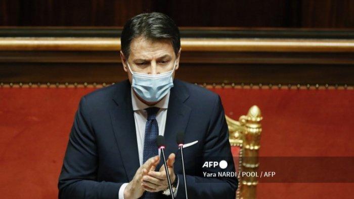 PM Italia Giuseppe Conte Mundur dari Jabatannya setelah Tanggapan Covid-19 Memecah Koalisi