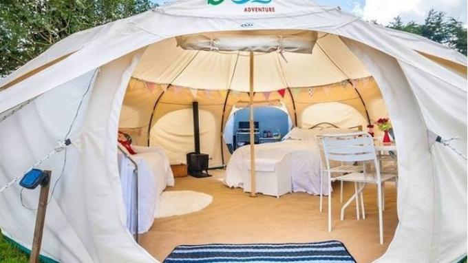 Ingin Camping Mewah dengan Harga Murah? Bravo Adventure Tawarkan Diskon hingga 40 Persen