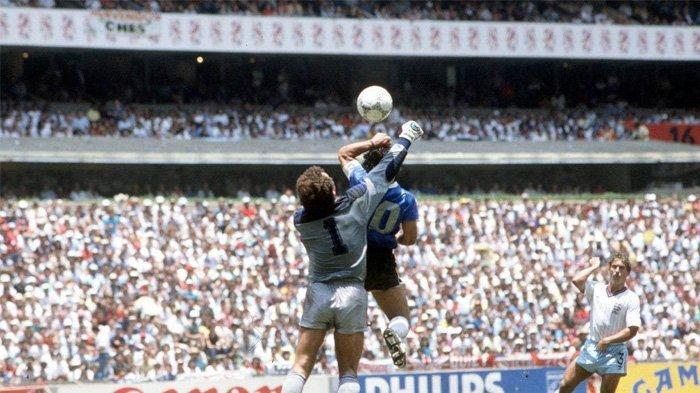 Jersey Gol 'Tangan Tuhan' Maradona Dijual dengan Harga Minimal Rp 19 Miliar