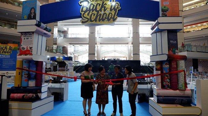 10.000 Buku Hadir di Bazaar Gramedia Back To School di Mal Taman Anggrek