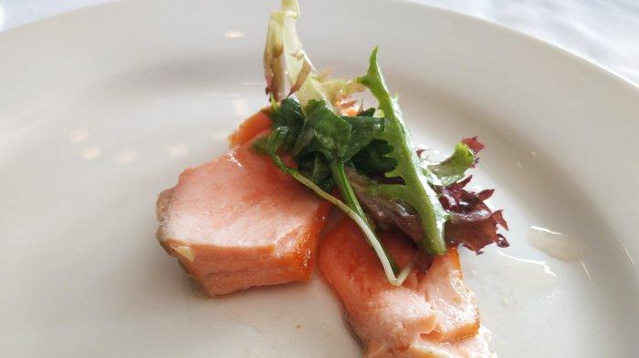 Grilled salmon di Wolfgang's Steakhuse.