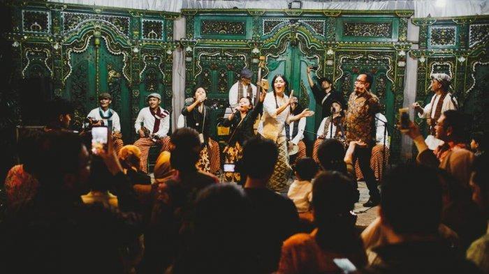 Grup Krontjong Toegoe yang Eksis Sejak 32 Tahun Lalu Rilis Lagu Jelang Hari Kasih Sayang