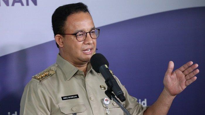 Gubernur DKI Jakarta Anies Baswedan saat menghadiri konferensi pers di Kantor BNPB, Jakarta, Senin (25/5/2020)