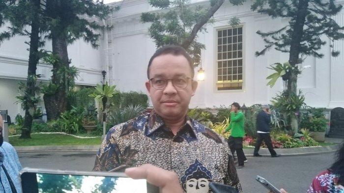 Gubernur DKI Jakarta Anies Baswedan di komplek Istana Kepresidenan, Jakarta, Rabu (8/1/2020).