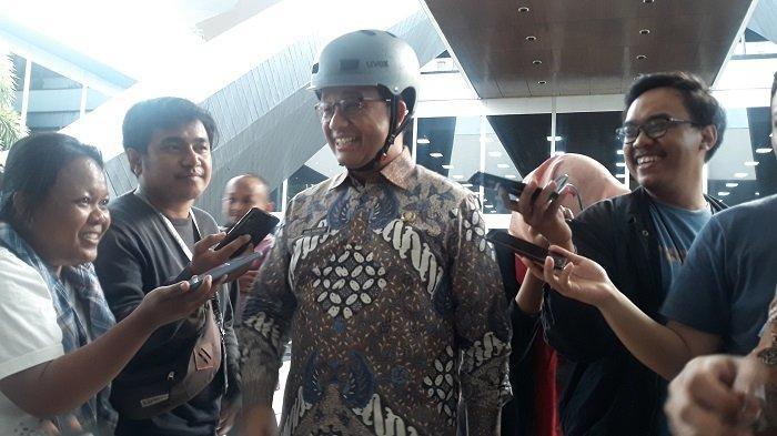 Gubernur Jakarta Anies Baswedan di Kompleks Parlemen, Senayan, Jakarta, Rabu, (25/9/2019).