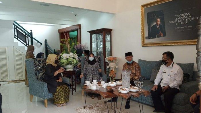 BREAKING NEWS: Gubernur Kepri Isdianto Terkonfirmasi Covid-19