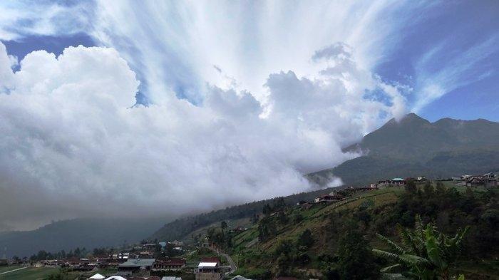 Pemandangan Gunung Lawu Karanganyar, Jawa Tengah