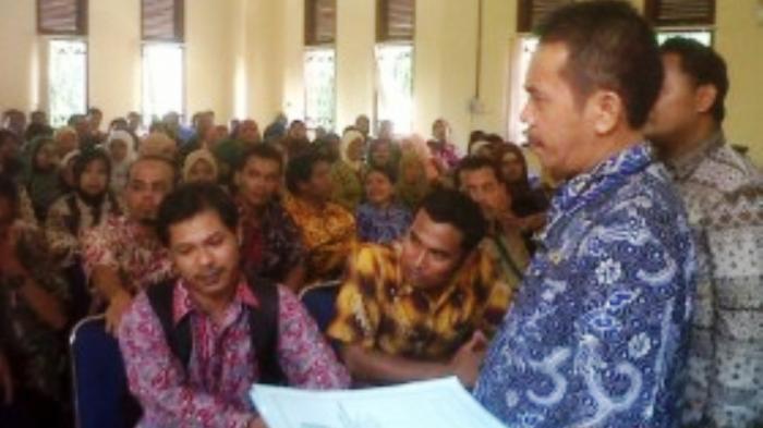 Nasibnya Tak Jelas, Ratusan Pegawai dan Guru Tidak Tetap di Kulonprogo Mengadu ke Bupati