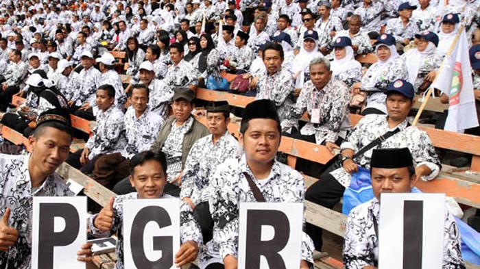 Indonesia Kekurangan 500.000 Guru SD