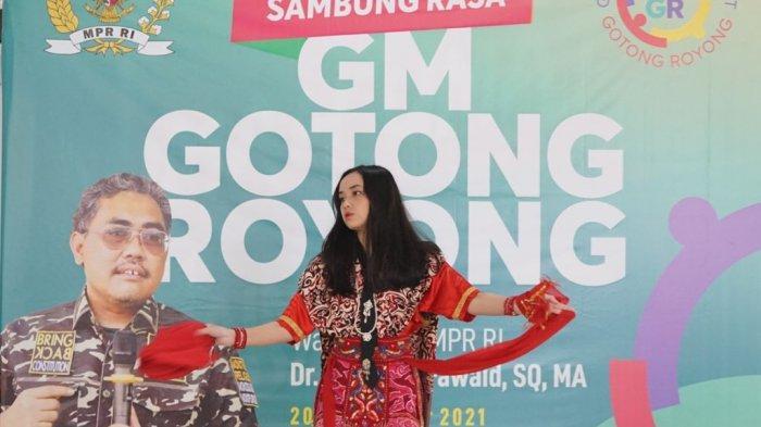 Gus Jazil Minta Pemerintah Lestarikan Seni Budaya Tari Topeng Cirebon