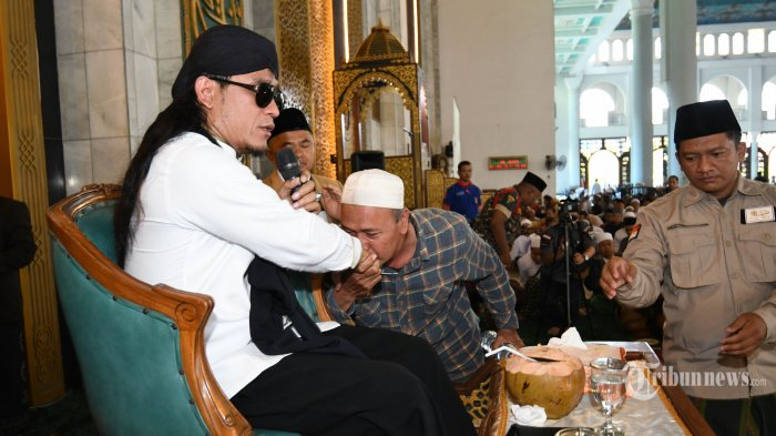 Jadi Penasihat Pernikahan, Gus Miftah Berharap Atta dan Aurel Jadi Role Model Nikah Muda