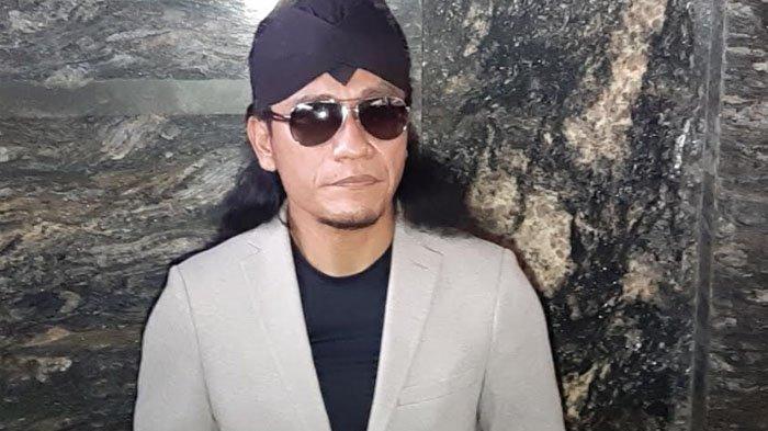GusMiftahturut hadir dalam acara pengajian pernikahan Aurel Hermansyah yang digelar di Hotel Intercontinental Pondok Indah, Jakarta Selatan, Sabtu (20/3/2021).