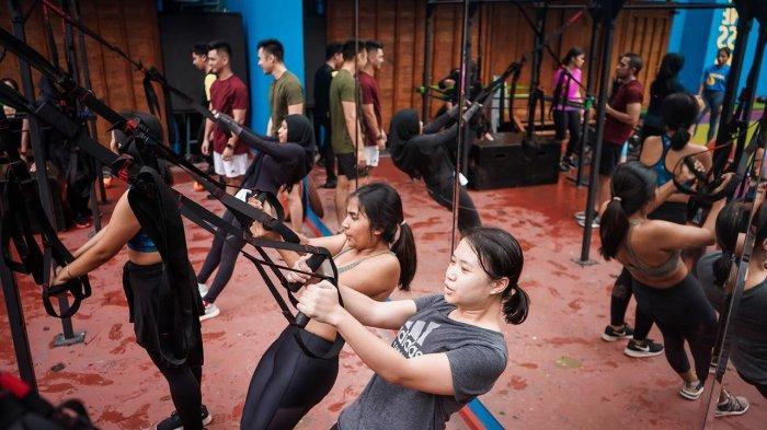 Nge-gym di Sela-Sela Bekerja Sudah Menjadi Tren