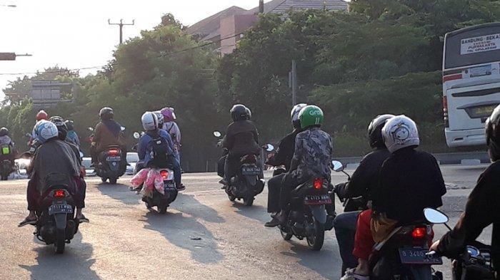 Malam Ini Diprediksi Arus Balik Pemudik Sepeda Motor yang Lintasi Kalimalang  Melonjak