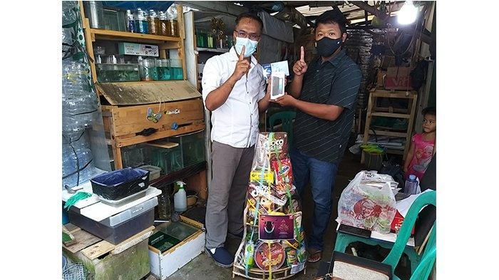 Hadiah berupa smartphone, pulsa, dan parsel Lebaran untuk keluarga Konsumen Honda di Semarang.