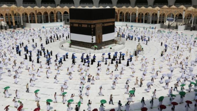 Arab Saudi Cabut Larangan Ibadah Haji di Tengah Lonjakan Covid-19, Dibagi 2 Fase, Ini Jumlahnya