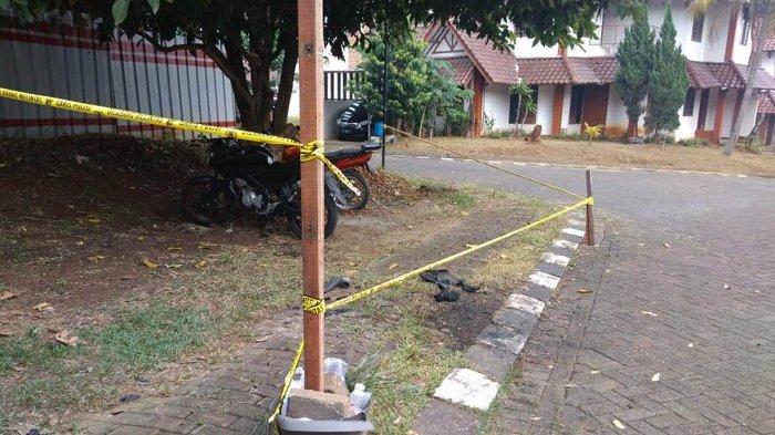 Mobil Neno Warisman Terbakar Sementara Diduga Korsleting Listrik