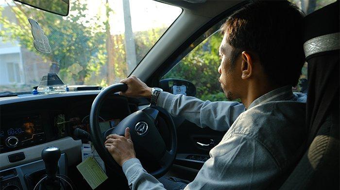 Kisah Mereka yang Lebih Sejahtera Sejak Melek Teknologi: Bisa Nabung & Beli Mobil