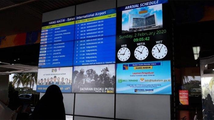 Aktivitas penerbangan di Bandara Hang Nadim Batam, Minggu (2/2/2020) pagi saat kedatangan 245 WNI dari Wuhan terpantau normal.