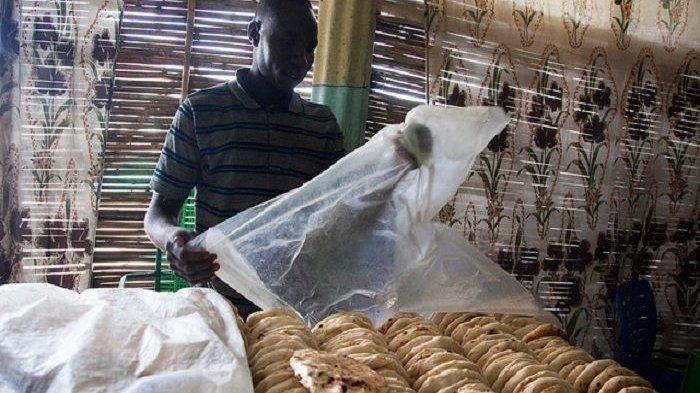 Naikkan Harga Sepotong Roti Jadi Rp 900 Perak, Presiden Sudan Terancam Digulingkan Rakyatnya