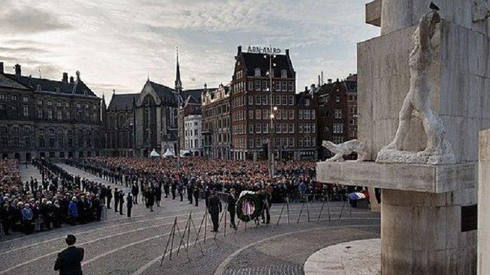 Laga Lyon Kontra Ajax Diundur demi Menghormati Hari Libur Nasional Belanda