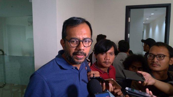 Harris Azhar: Dewi Tanjung Tak Punya Professional Standing Komentari Kasus Novel Baswedan