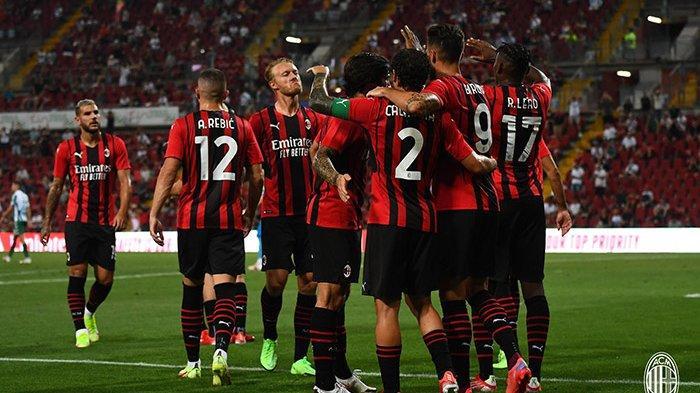 Hasil AC Milan vs Panathinaikos - AC Milan menang 2-1 atas Panathinaikos dalam laga ujicoba pramusim, Sabtu (14/8/2021). Dua gol Milan dicetak Olivier Giroud.