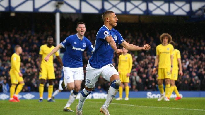 Live Score Hasil MU vs Everton Streaming Mola TV, Liga ...